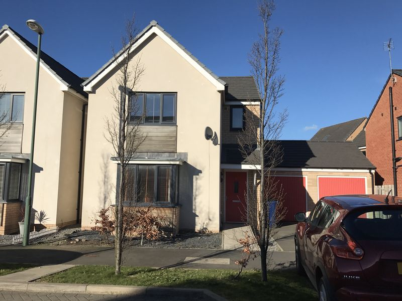 3 Bedrooms Detached House for sale in St Nicholas Way, Hebburn