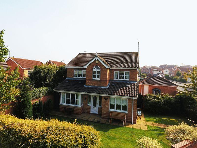 4 Bedrooms Detached House for sale in Alexander Drive, Gateford, Worksop