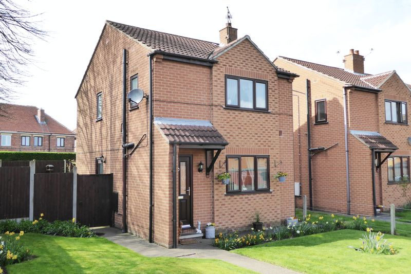 3 Bedrooms Detached House for sale in Camborne Close, Retford