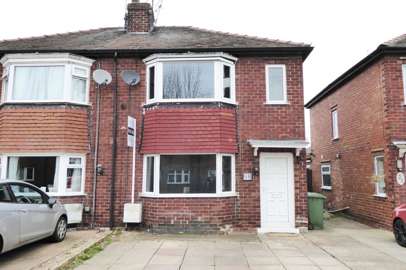 3 Bedrooms Semi Detached House for sale in Arnold Avenue, Retford