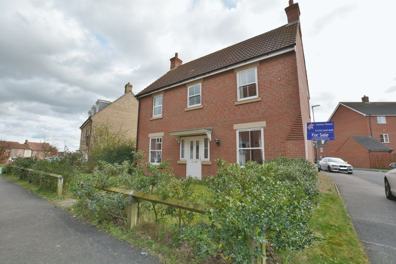 4 Bedrooms Detached House for sale in Gabriel Crescent, Lincoln