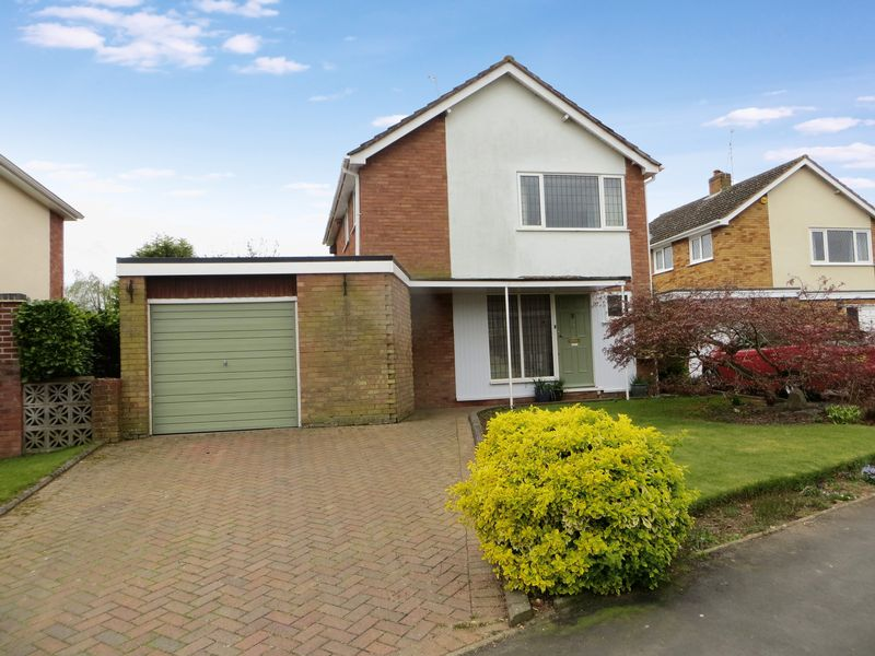 3 Bedrooms Detached House for sale in Wheatfield Drive, Shifnal, Shropshire.