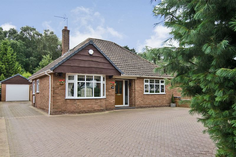 4 Bedrooms Detached House for sale in Wood Lane, Wedges Mills, Cannock