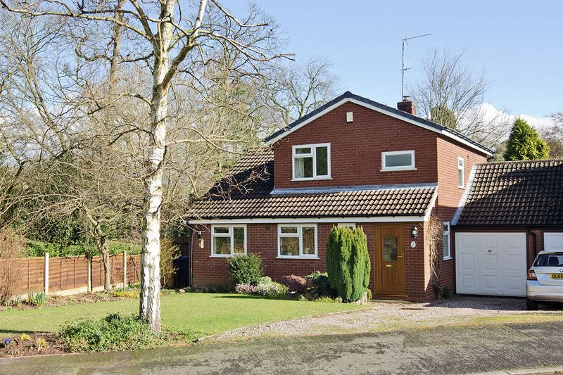 3 Bedrooms Detached House for sale in Mill Way, Longdon, Rugeley