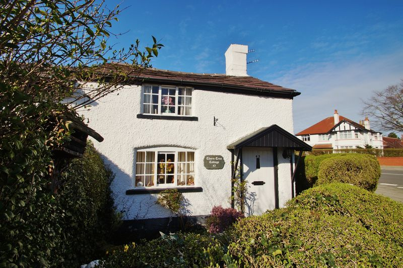 2 Bedrooms Semi Detached House for sale in Coudray Road, Churchtown
