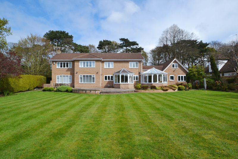 4 Bedrooms Detached House for sale in Telegraph Road, Caldy
