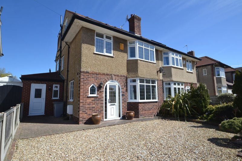 4 Bedrooms Semi Detached House for sale in Barn Hey Crescent, Meols