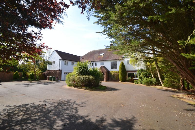 6 Bedrooms Detached House for sale in Links Hey Road, Caldy