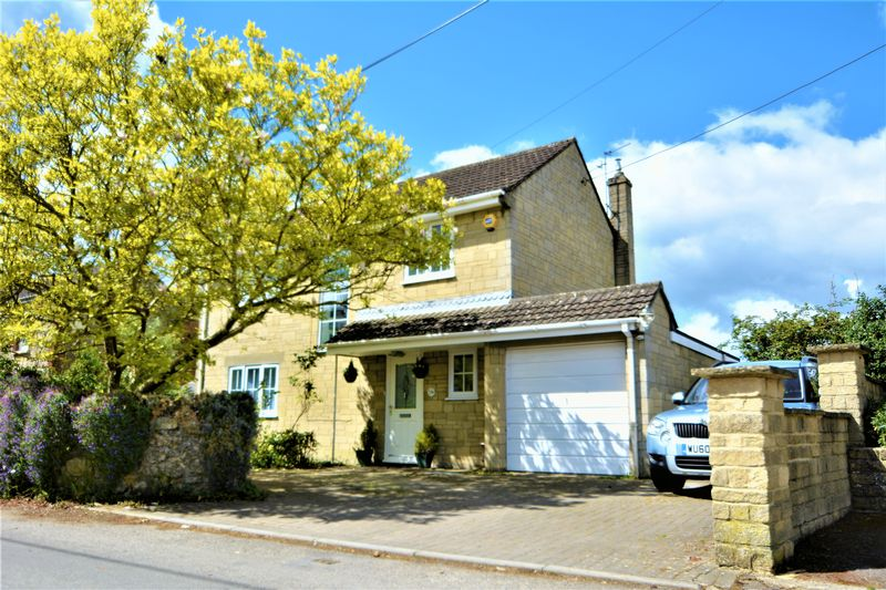 3 Bedrooms Detached House for sale in Upper Pavenhill, Purton, Swindon