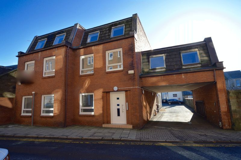 2 Bedrooms Flat for sale in Dalblair Road, Ayr