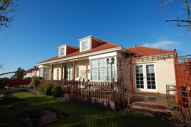 3 Bedrooms Terraced House for sale in Burnbank Road, Ayr