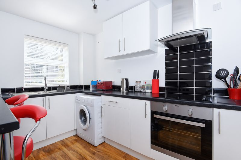 1 Bedroom Terraced House for sale in Capel Village