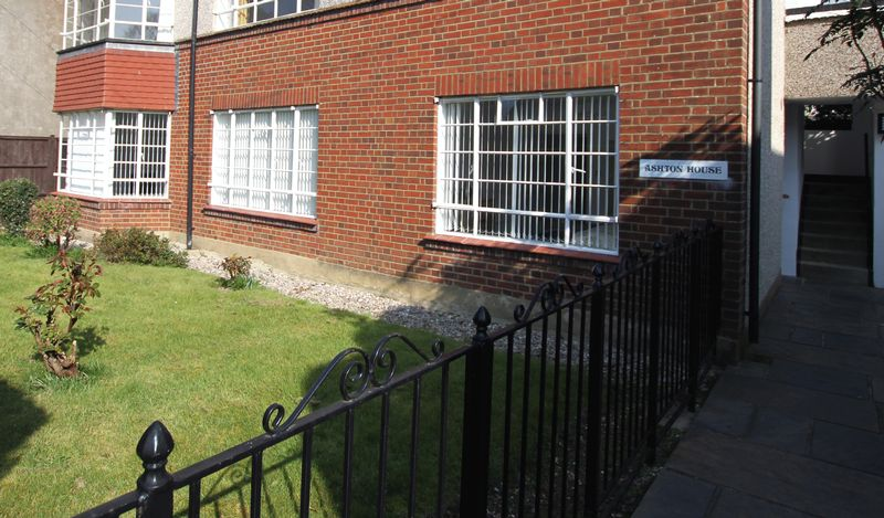 2 Bedrooms Flat for sale in Walmer