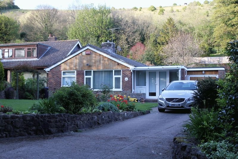 3 Bedrooms Detached Bungalow for sale in Slip Lane, Alkham, Dover