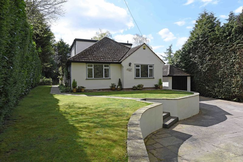 4 Bedrooms Detached Bungalow for sale in Ash Lane, Burghfield Common