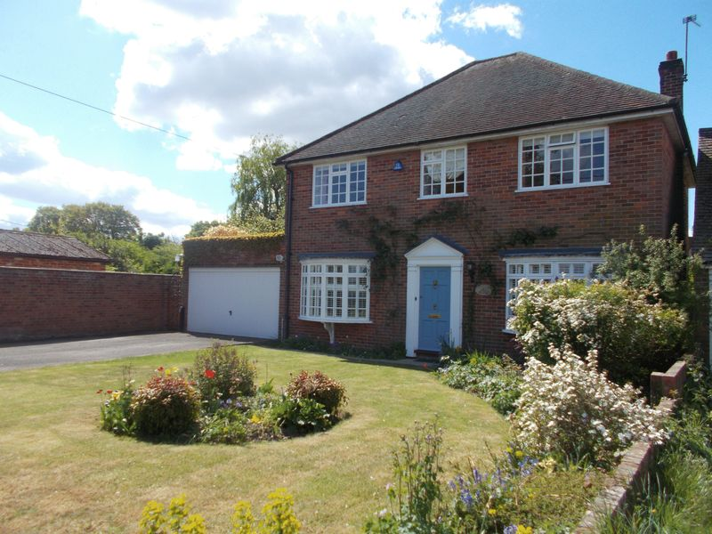 4 Bedrooms Detached House for sale in School Road, Riseley