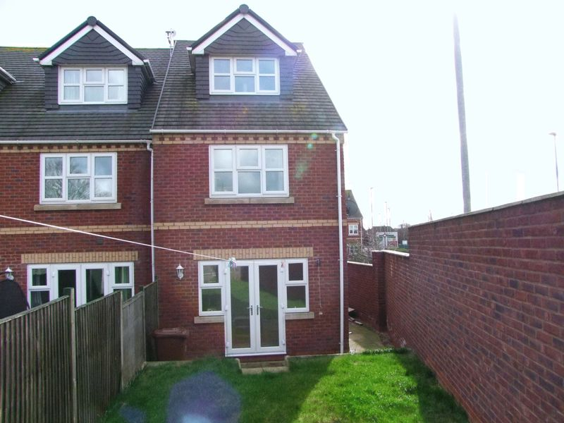 Park View Close, Stretton, DE13