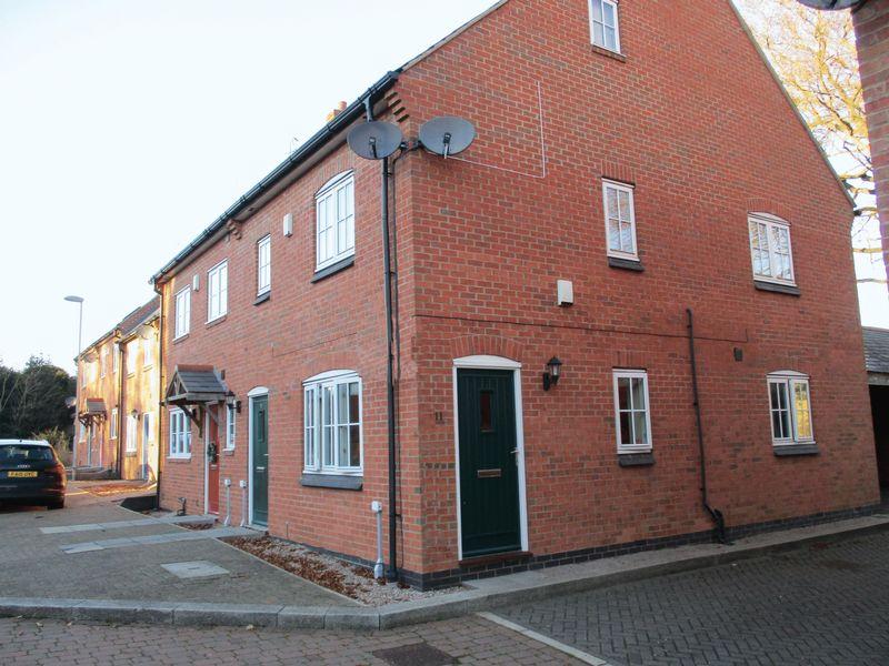 1 Bedroom Flat for sale in Rectory Gardens, Newbold Verdon