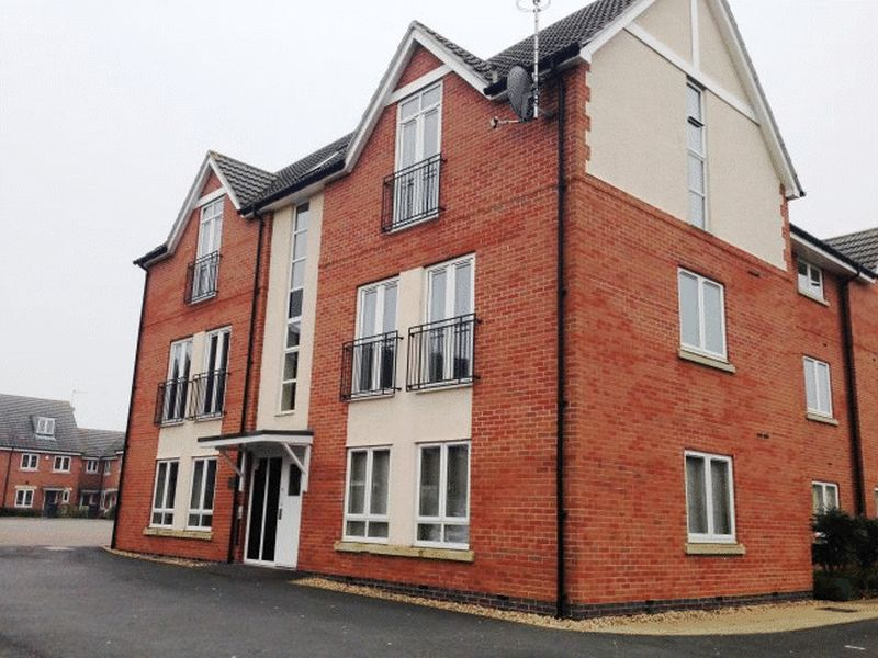 2 Bedrooms Flat for sale in Richmond Gate, Hinckley