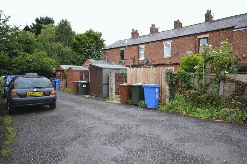 South Road, Bretherton