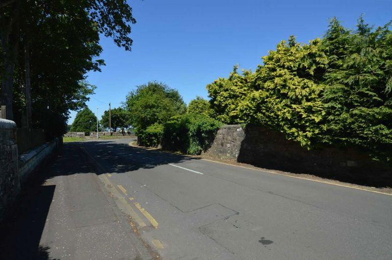Chapelpark Road