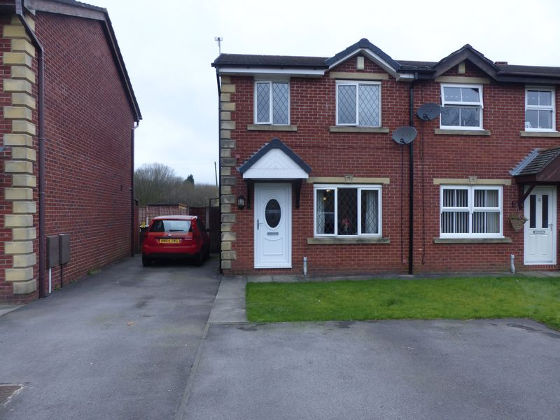 3 Bedrooms House for sale in Hill View Close, Watersheddings