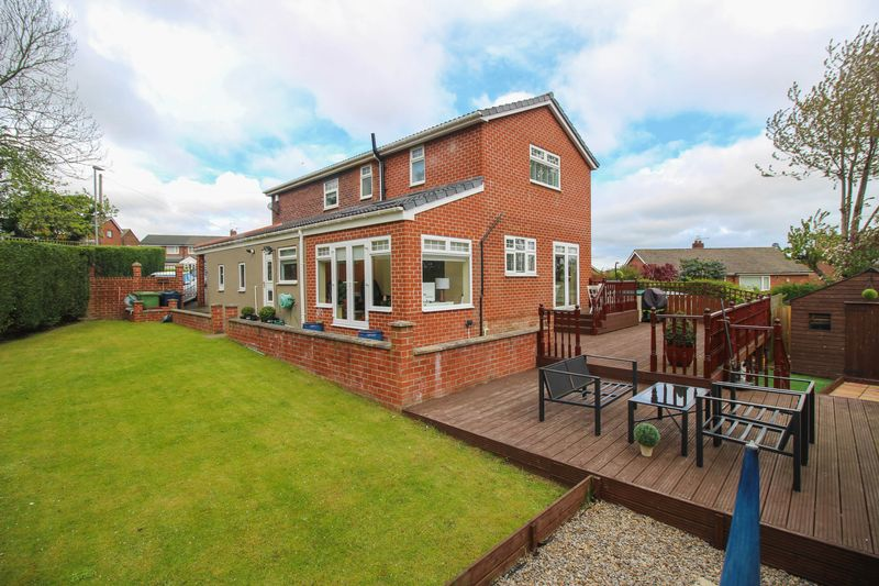 4 Bedrooms Detached House for sale in Beda Hill, Blaydon