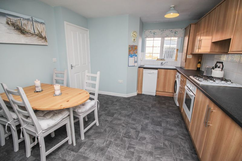 3 Bedrooms Terraced House for sale in Dockendale Place, Blaydon