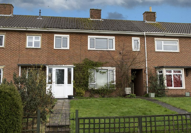 2 Bedrooms Terraced House for sale in The Ridgeway, Warminster