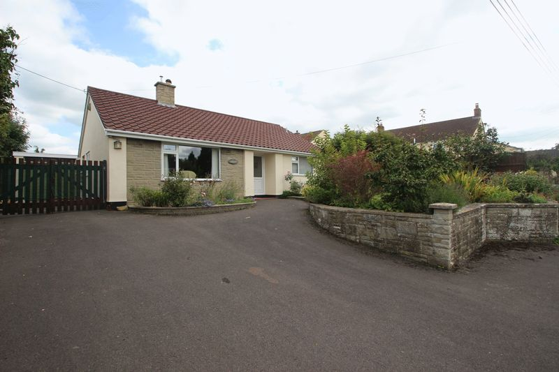 2 Bedrooms Detached Bungalow for sale in Meareway, Meare