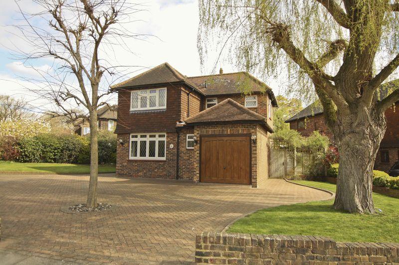 Fairoak Drive, Eltham Heights Se9