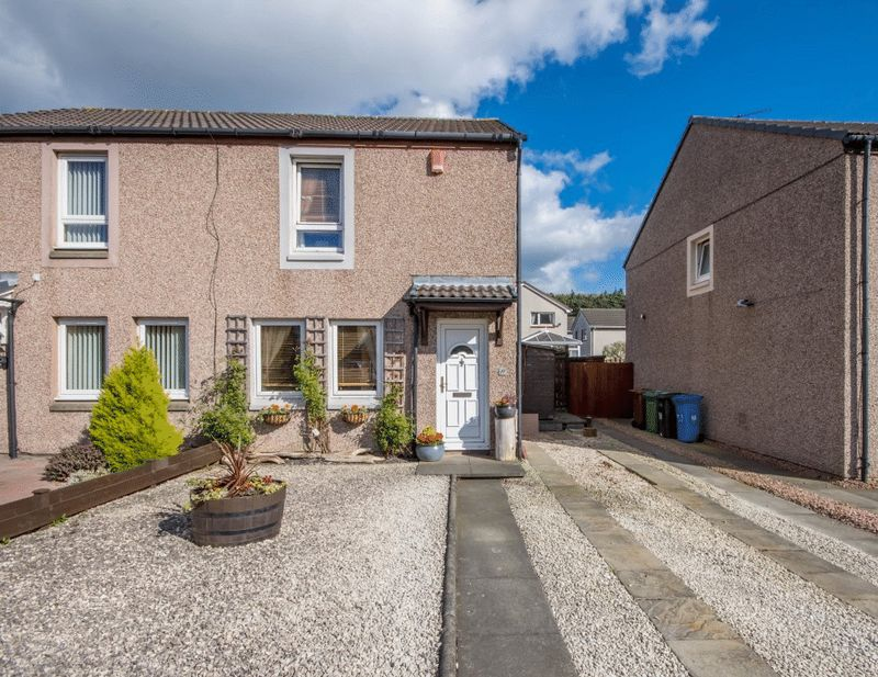 2 Bedrooms Semi Detached House for sale in Strathbeg Drive, Dalgety Bay