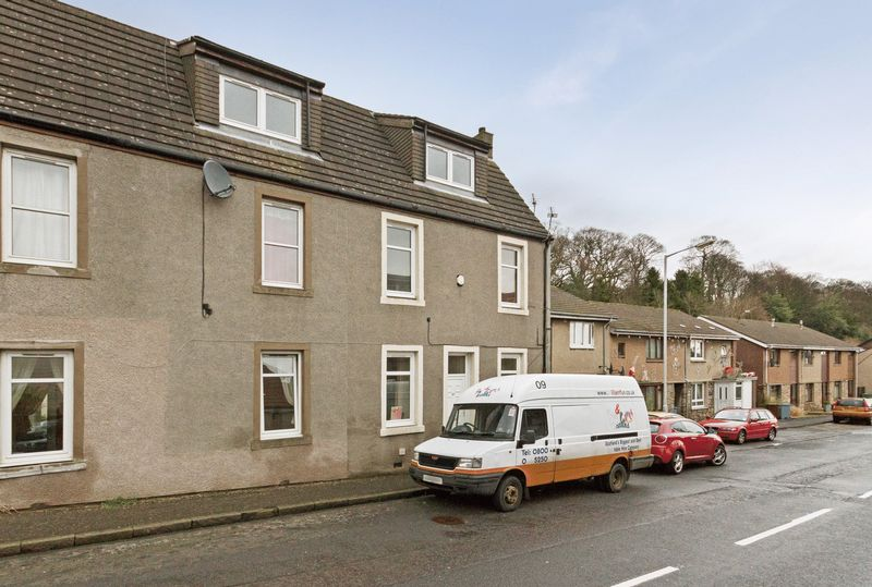 Main Street, Dunfermline  Two Bedroom Up...
