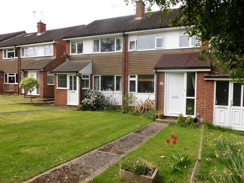 3 Bedrooms Terraced House for sale in ,