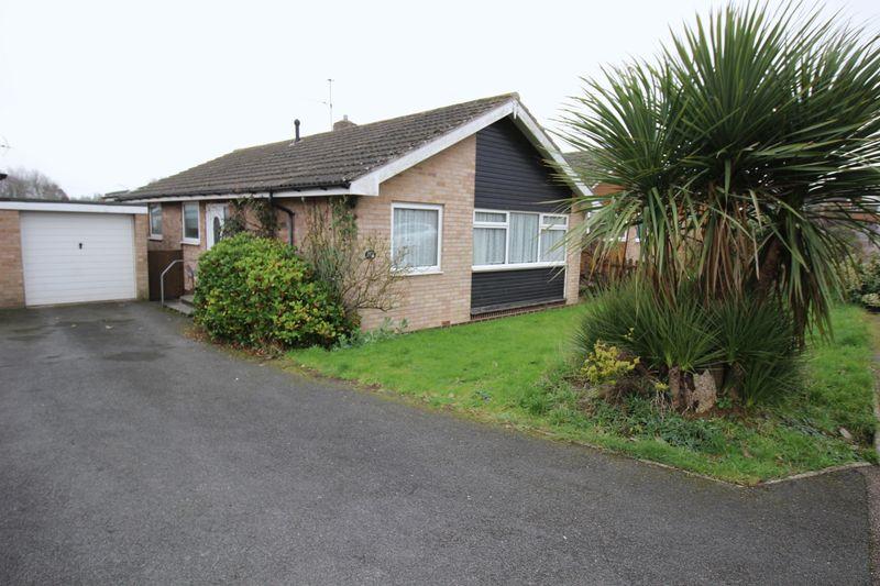 3 Bedrooms Bungalow for sale in Crockwells Road, Exeter