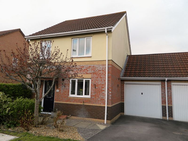 3 Bedrooms Detached House for sale in LOCKING CASTLE
