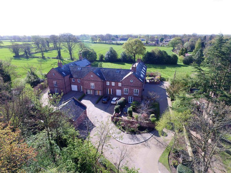 4 Bedrooms House for sale in Little Mere, Christleton, Chester