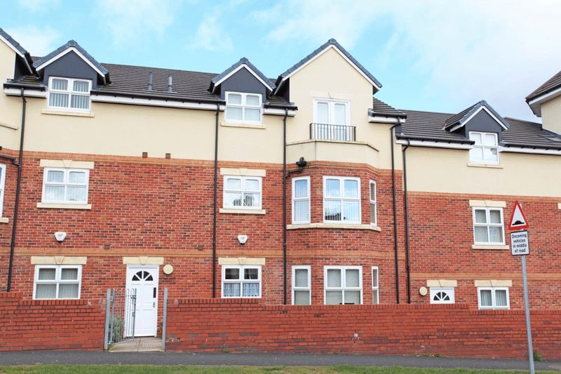 12 Balmoral Court, Dawley, Telford, TF4 2EG