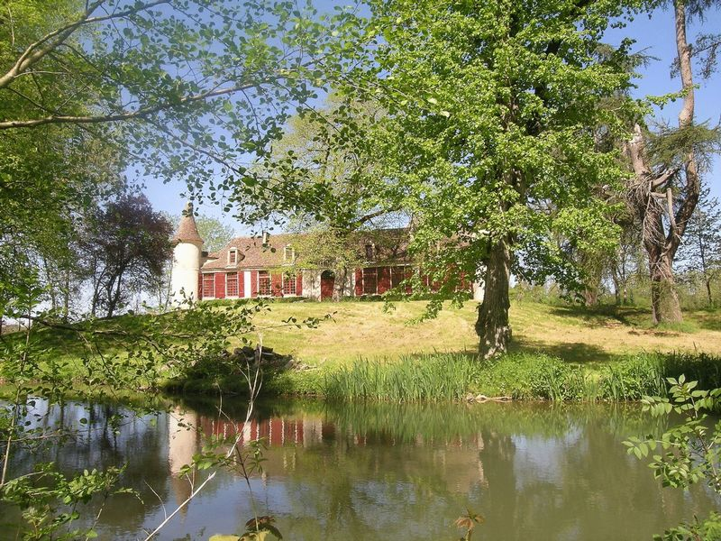 A stunning 5 bedroomed chartreuse, partly restored, with 12 hectares of land