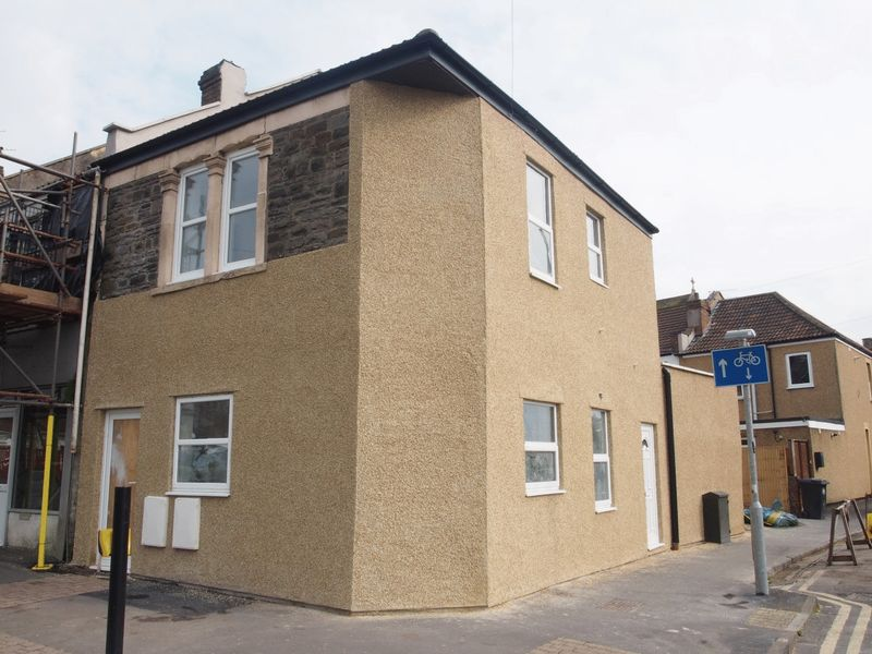 2 Bedrooms Flat for sale in Whitehall Road, Bristol