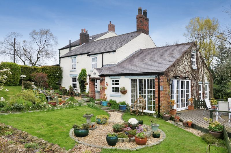 Ducksbry Cottage, Grundys Lane, Duxbury,...