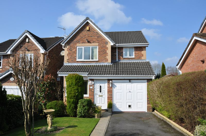 3 Bedrooms Detached House for sale in Lostock Meadow, Chorley