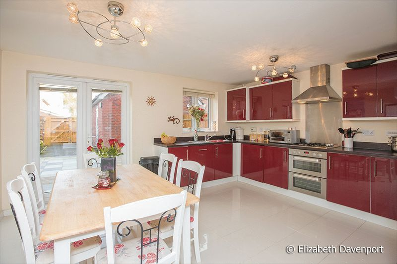 4 Bedrooms Terraced House for sale in Dalehouse Lane, Kenilworth