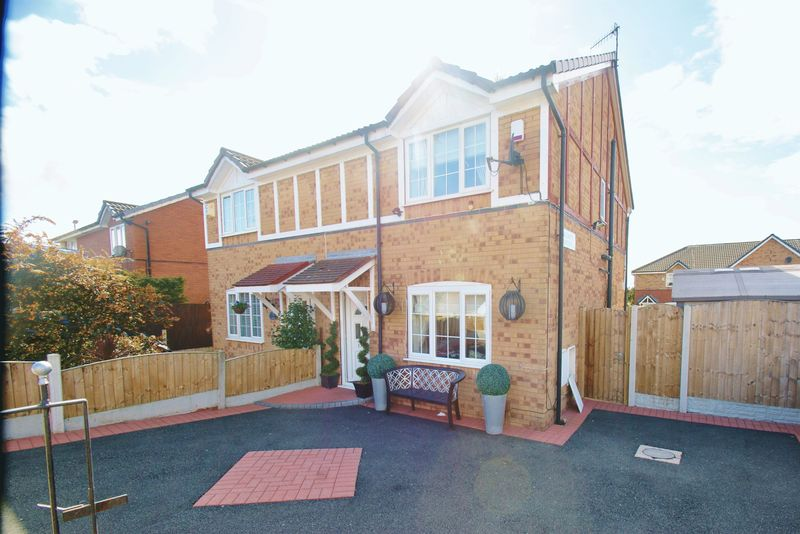 3 Bedrooms Semi Detached House for sale in Titchfield Street, Liverpool