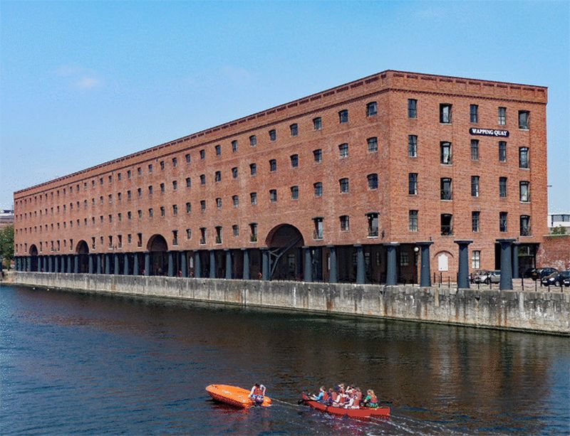 2 Bedrooms Flat for sale in East Quay, Liverpool