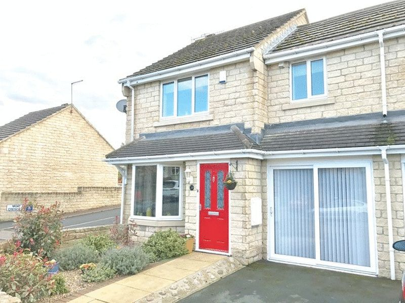 3 Bedrooms Semi Detached House for sale in Apperley Road, Idle, Bradford BD10 9RR