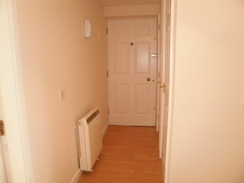 Two Bedroomed Ground Floor Appartment In...