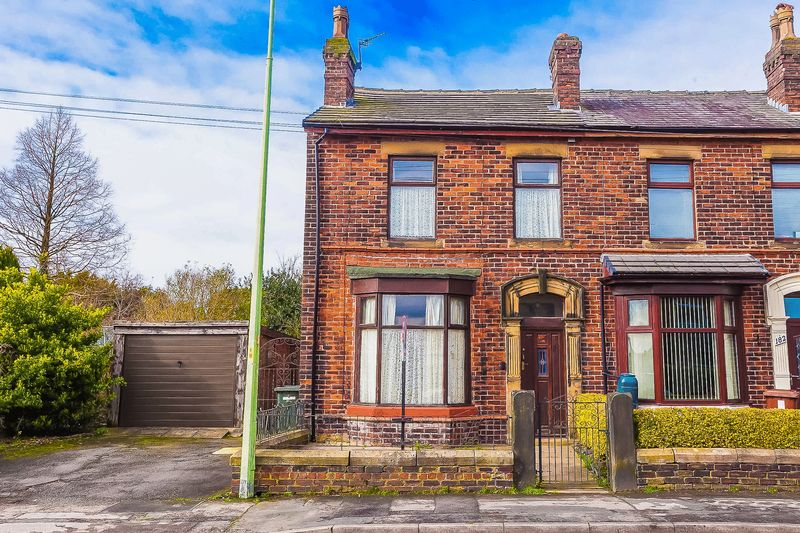 3 Bedrooms Terraced House for sale in Park Road, Adlington, Chorley