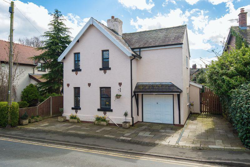 4 Bedrooms Detached House for sale in Parr Lane, Eccleston