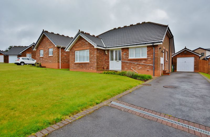 2 Bedrooms Detached Bungalow for sale in 106 Chaucer Avenue, Workington